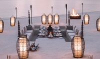 SAVOUR A CANDLELIT SAND-BANK DINNER