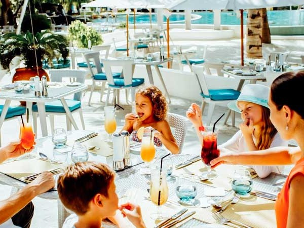 Group Tour Packages � Holiday Inn Kandooma