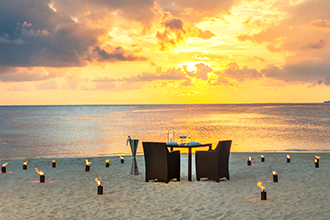 Stay four pay three & free half board for double dating honeymooners