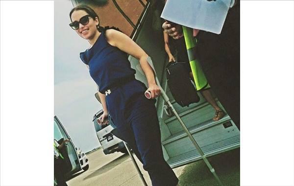 Emilia Clarke AKA  visit the Maldives