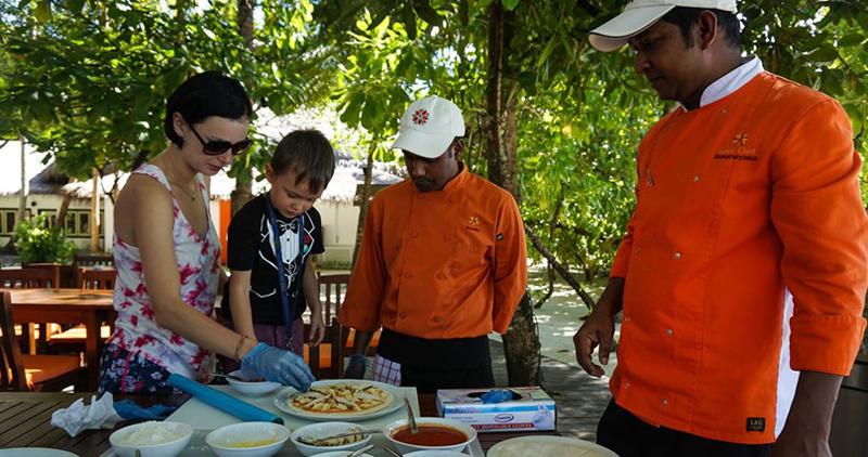 Kids\' cooking class