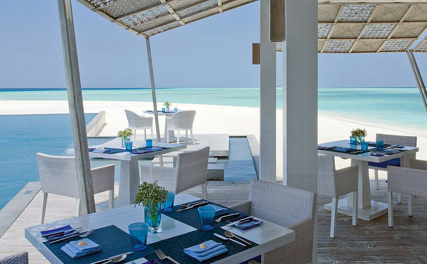 Blu restaurant at Four Seasons Landaa Giraavaru