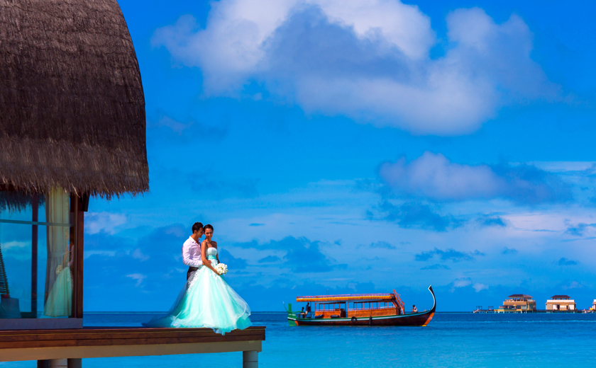 Angsana Velavaru - Oceanfront Pavilion Wedding Ceremony